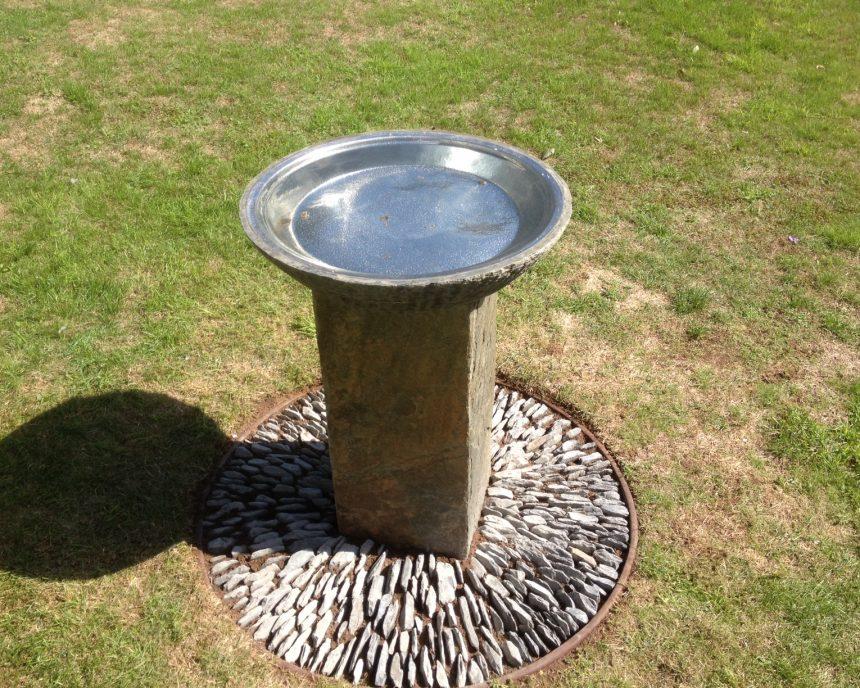 Slate bowl on Surmi Square