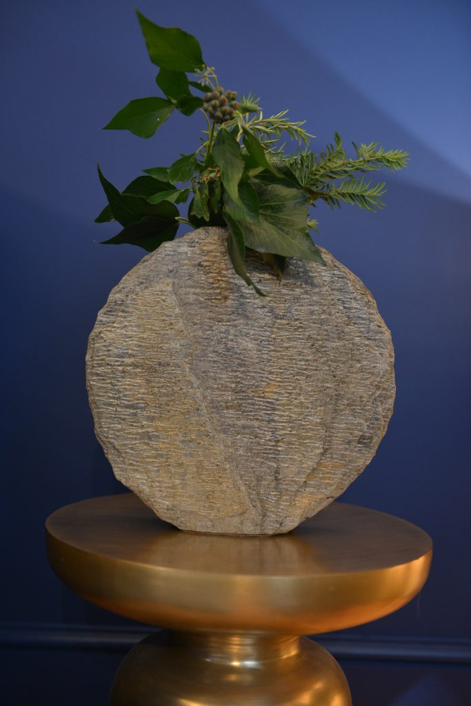 Basa Slate Vase Natural Slate Vases And Sculptures From