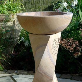 Twist Rainbow Sandstone Birdbath – Honed