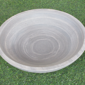 Flight Bowl – Shark Sandstone Birdbath